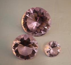 Trio Diamonds Crystal Pink