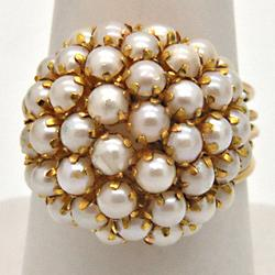 LADIES 14 KT YELLOW GOLD PEARL BOUQUET RING.