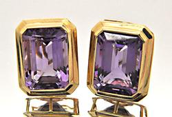 14 KT YELLOW GOLD AMETHYST EARRINGS.