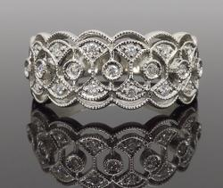 14K White Gold Filigree Detailed Diamond Ring