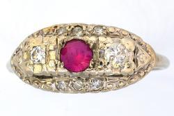 Vintage Pink Sapphire& Diamond Ring