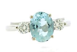 Elegant Aquamarine and Diamond Ring