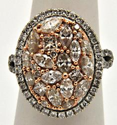 LADIES 14KT GOLD DIAMOND RING WITH ROSE GOLD