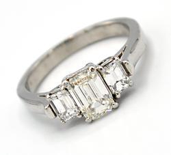 Extremely Fine VS1 Emerald Cut Diamond Ring