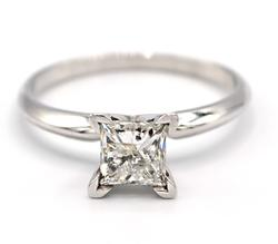 1.0 CT Princess Cut Diamond Solitaire Ring
