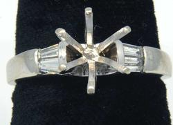 Diamond Setting Ring with Baguette Diamond Shoulders