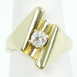 Stunning 14K Diamond Ring, Size 6.25