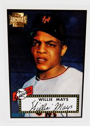 Willie Mays 2001 Archives Baseball Card
