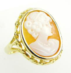 Vintage 14K Carved Shell Cameo Ring, Size 8.75