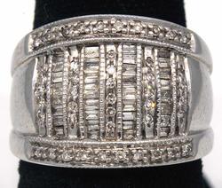 Glittering Baguette & Round Diamond Band