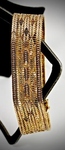 Intricate Heavy 18K Bracelet