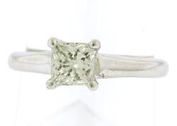 Elegant 0.60ct Princess Cut Solatire Ring