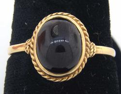 Stylish Brown Cabochon Ring in Gold