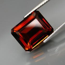 Ravishing top whiskey red 7.38ct Imperial Topaz