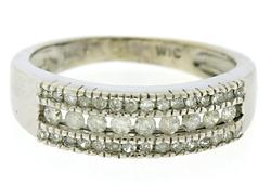Lovley 3 Row Diamond Band
