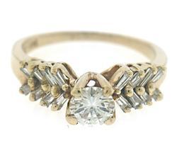Beautiful apx .50ct Diamond Ring