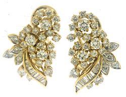 Shinning Round & Baguette Diamond Earrings