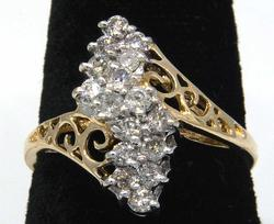 Gorgeous Diamond Cluster Ring in Gold