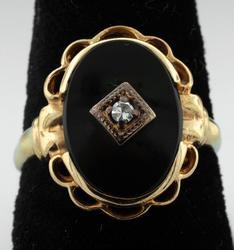 Vintage Onyx Oval Filigree Ring with Diamond Accent