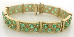 Outstanding Emerald and Diamond Gold Bracelet