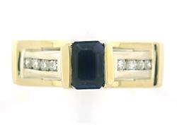 Elegant Sapphire and Diamond Ring