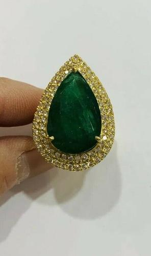 Amazing 23.0+ Carat Emerald & Diamond Ring
