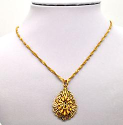21KT SOLID GOLD SINGAPORE CHAIN WITH 21KT PENDANT.
