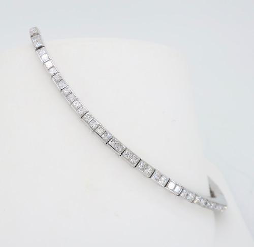 18K White Gold 3.73CTW Diamond Bracelet