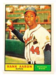 1961 Hank Aaron Topps Baseball Card