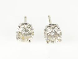 18K White Gold 1.50 Ctw Diamond Solitaire Classic Stud Earrings
