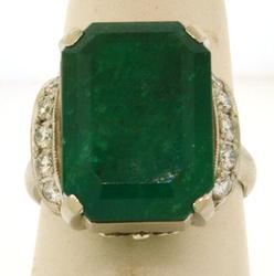 Lady's Vintage Emerald Ring
