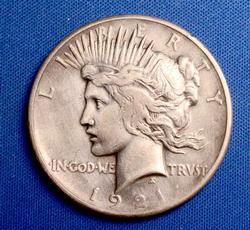 Key 1921 HR Peace Silver Dollar, Circ