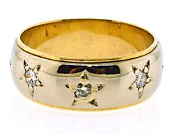 Pretty Gents Star Diamond Yellow Gold Ring