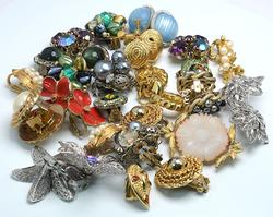 Lot of Assorted Costume Earrings, non silver