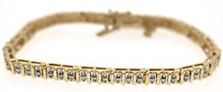 Amazing Diamond Tennis Bracelet in Yellow Gold