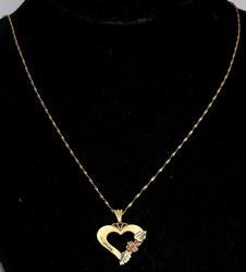 Beautiful 3-Tone Heart Necklace in 14KT Gold