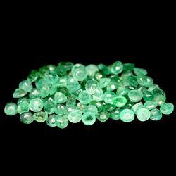 Large 6.59ct 96 piece Zambian Emerald parcel