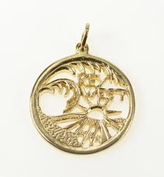 14K Yellow Gold Round Key West Palm Tree Tropical Souvenir Pendant