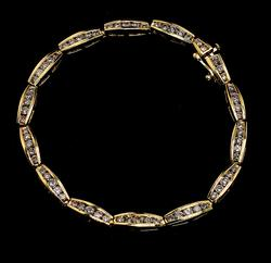 Gorgeous Diamond Link Bracelet in 14KT Yellow Gold
