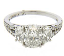 Masterpiece 18kt 1.38ct Oval Diamond Ring