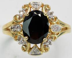 Beautiful Garnet & Diamond Ring in Yellow Gold