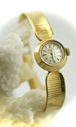 Vintage 18K Ladies Rolex Watch