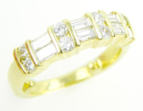 Exceptional 18K Gold Diamond Band, Size 5.25