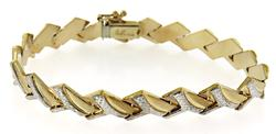 Elegant Textured Link Yellow Gold Bracelet