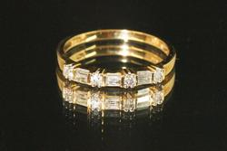 Sparkling Diamond Ring in 14k