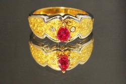 Ruby & Diamond Ring in 18k Gold