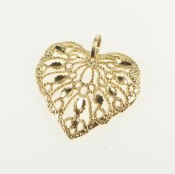 14K Yellow Gold Decorative Filigree Heart Love Symbol Charm/Pendant