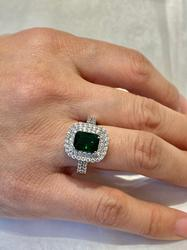 925 Sterling Silver Ring with CZ bezel with emerald