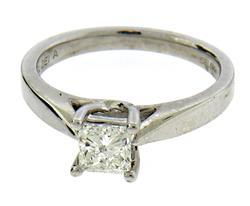Stunning Princess Diamond Solitaire Ring