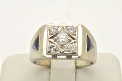 MENS 14 KT WHITE GOLD DIAMOND AND SAPPHIRE RING